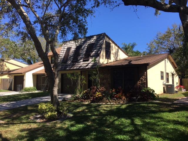 Home for sale in Town Oaks Rainwood Palm Beach Gardens Florida