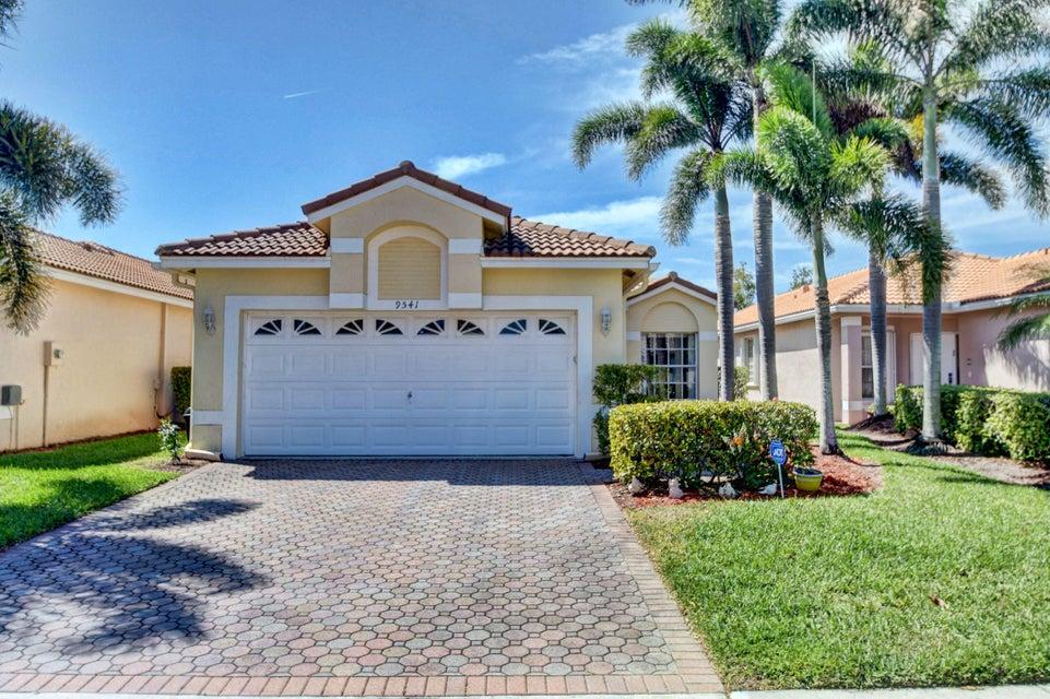 9541 Cherry Blossom Terrace Boynton Beach, FL 33437 - photo 2