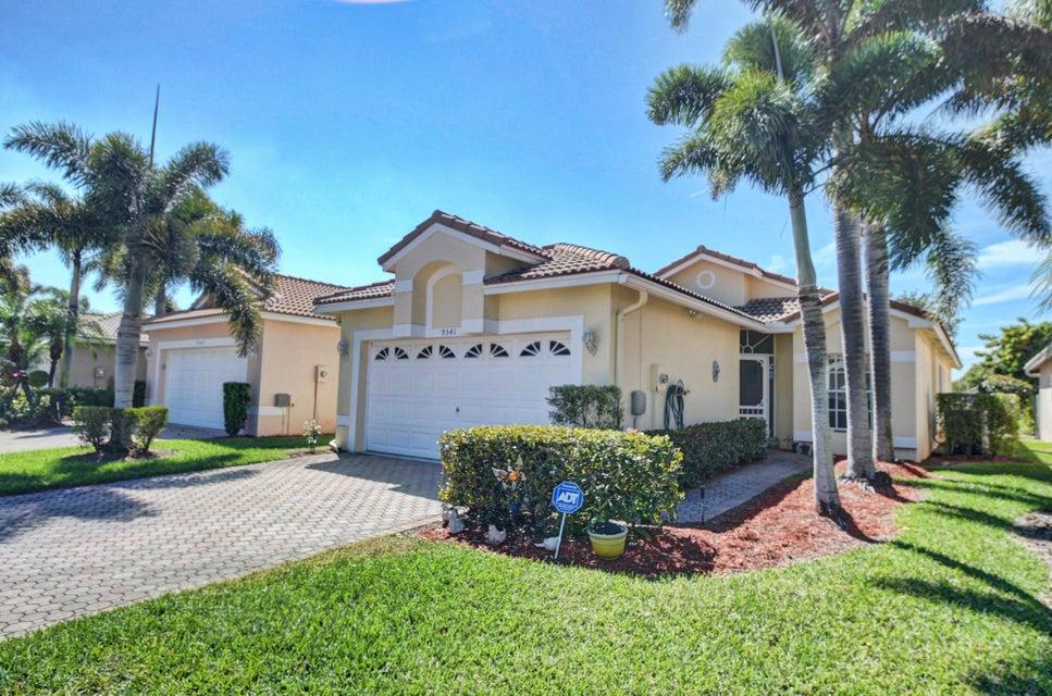 9541 Cherry Blossom Terrace Boynton Beach, FL 33437 - photo 3