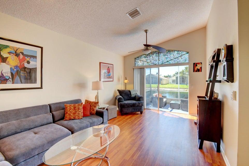 9541 Cherry Blossom Terrace Boynton Beach, FL 33437 - photo 13