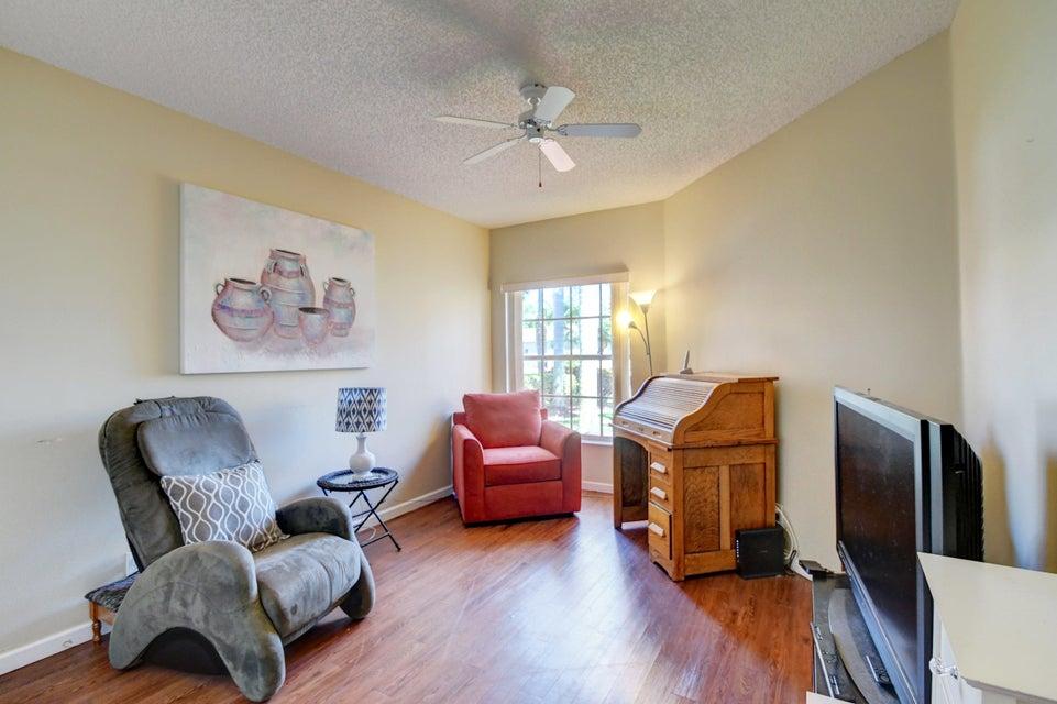 9541 Cherry Blossom Terrace Boynton Beach, FL 33437 - photo 23