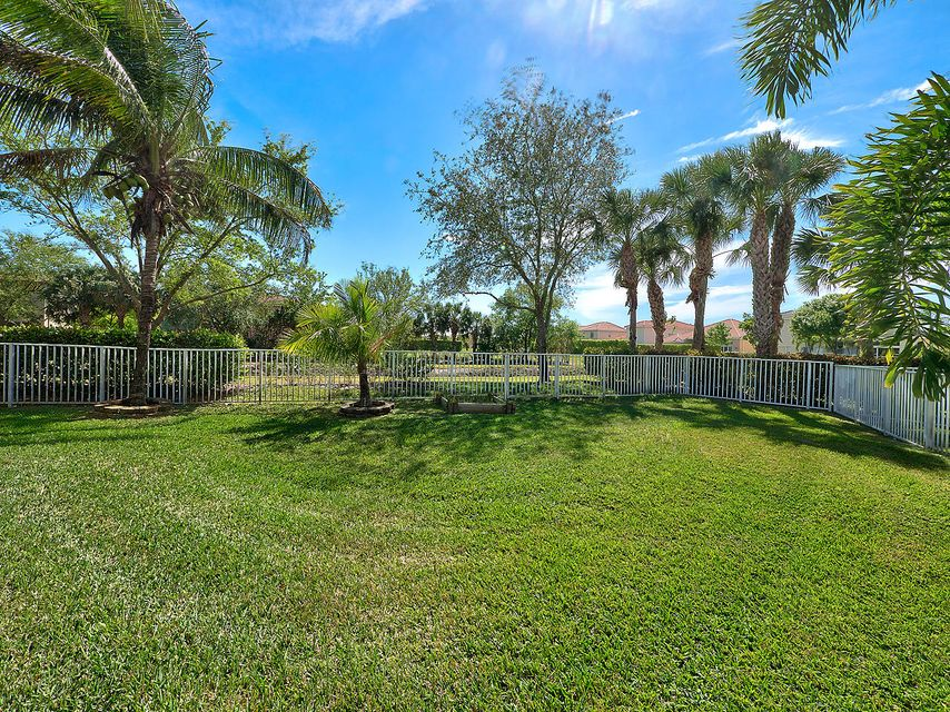 172 Canterbury Place Royal Palm Beach, FL 33414 photo 28