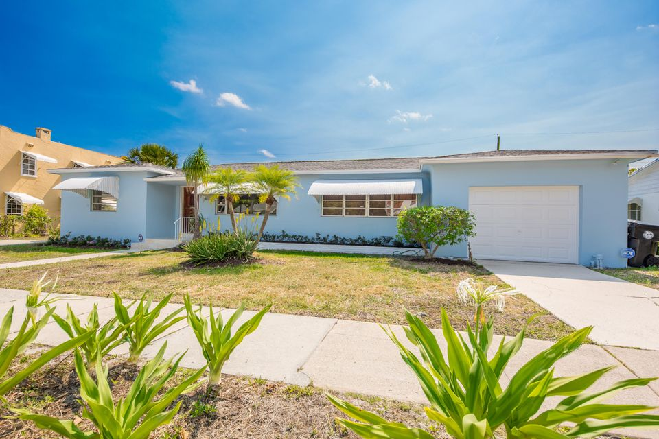 235 Fordham Drive  Lake Worth, FL 33460