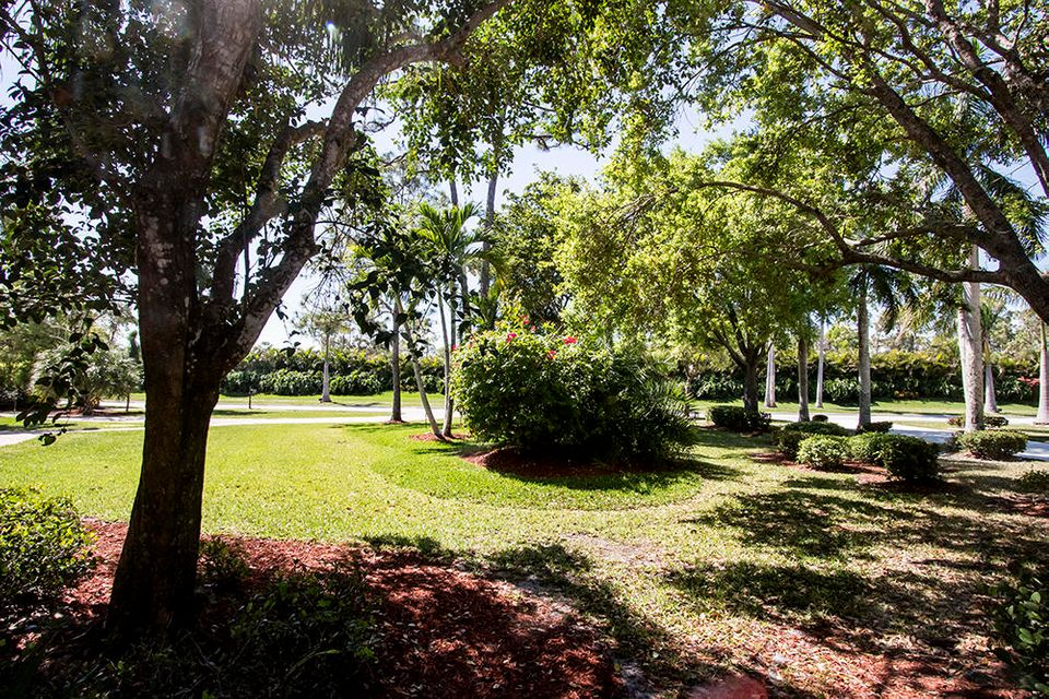 6108 Wildcat Run West Palm Beach, FL 33412 photo 3
