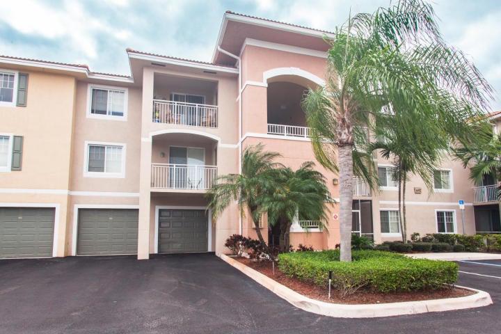 Condominium for Rent at 6492 Emerald Dunes Drive # 208 6492 Emerald Dunes Drive # 208 West Palm Beach, Florida 33411 United States