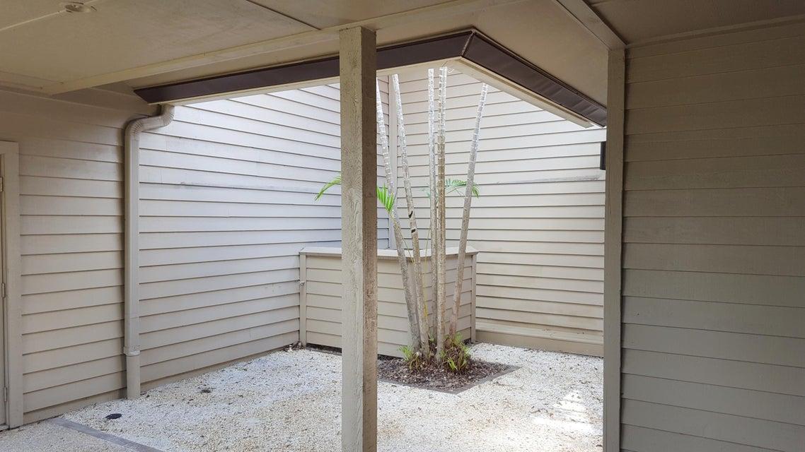 Additional photo for property listing at 5271 SE Brandywine Way 5271 SE Brandywine Way Stuart, Florida 34997 Estados Unidos