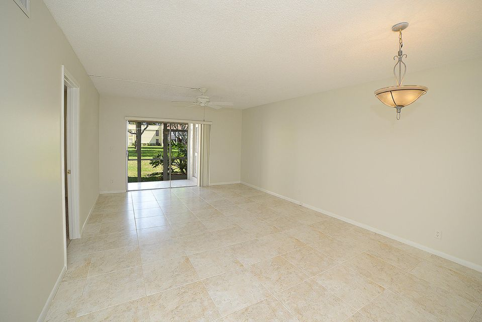 2900 Fiore Way 1070  Delray Beach FL 33445