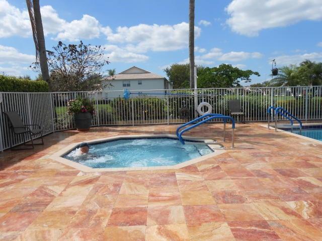 9541 Cherry Blossom Terrace Boynton Beach, FL 33437 - photo 60
