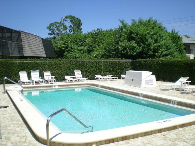 Villa for Sale at 3120 SE Brook Street 3120 SE Brook Street Stuart, Florida 34997 United States