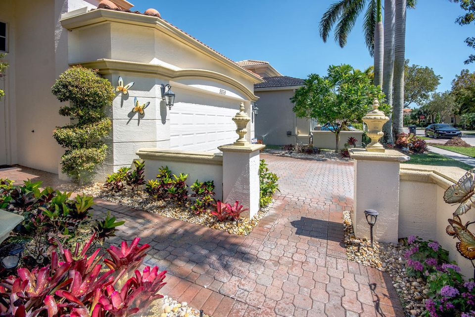 8839 Via Prestigio Wellington, FL 33411 photo 4
