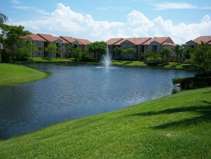 702 Villa Circle  Boynton Beach FL 33435