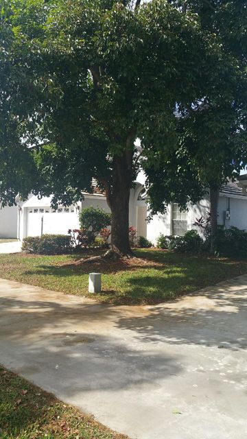 4343 Leicester Court West Palm Beach, FL 33409 small photo 2