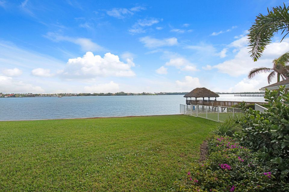 50 N Lakeshore Drive Lake Worth, FL 33462