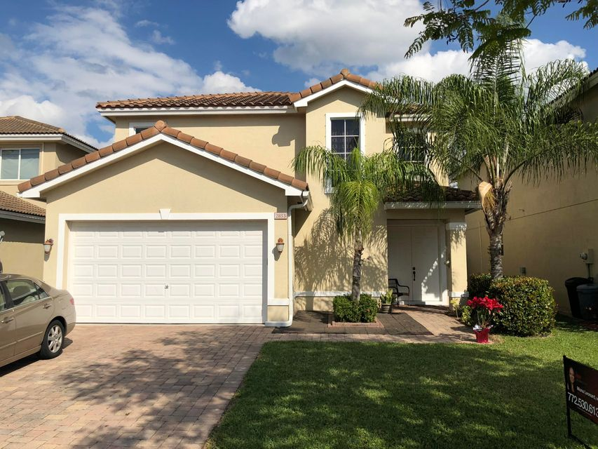 Single Family Home for Sale at 2853 SW Venice Court 2853 SW Venice Court Palm City, Florida 34990 United States