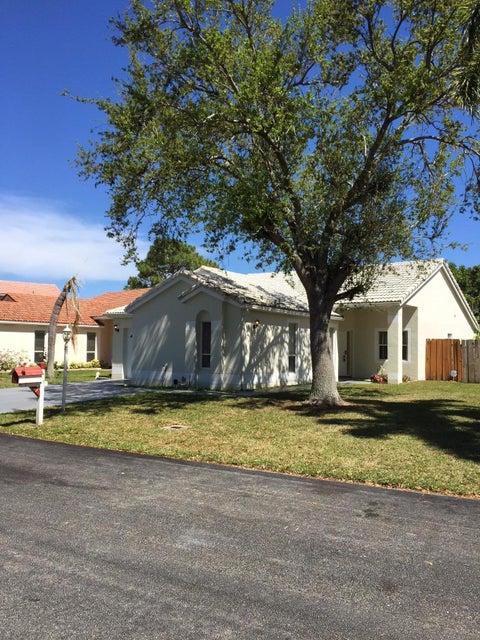 Single Family Home for Rent at 118 Wedgewood Lakes 118 Wedgewood Lakes Lake Worth, Florida 33463 United States