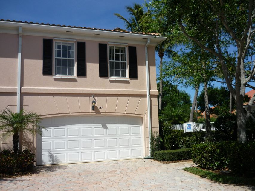 87 Live Oak Circle  Jupiter FL 33469