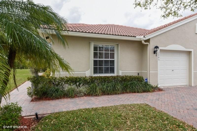 2085 Stonington Terrace West Palm Beach, FL 33411 photo 1