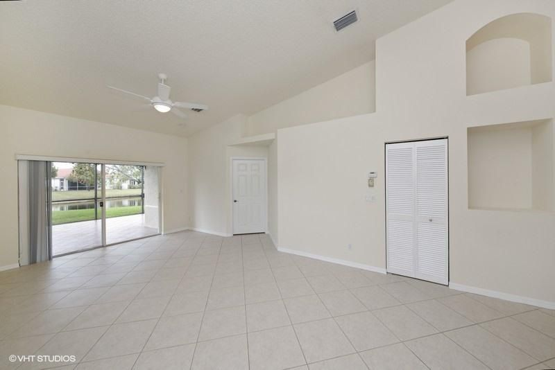 2085 Stonington Terrace West Palm Beach, FL 33411 photo 6