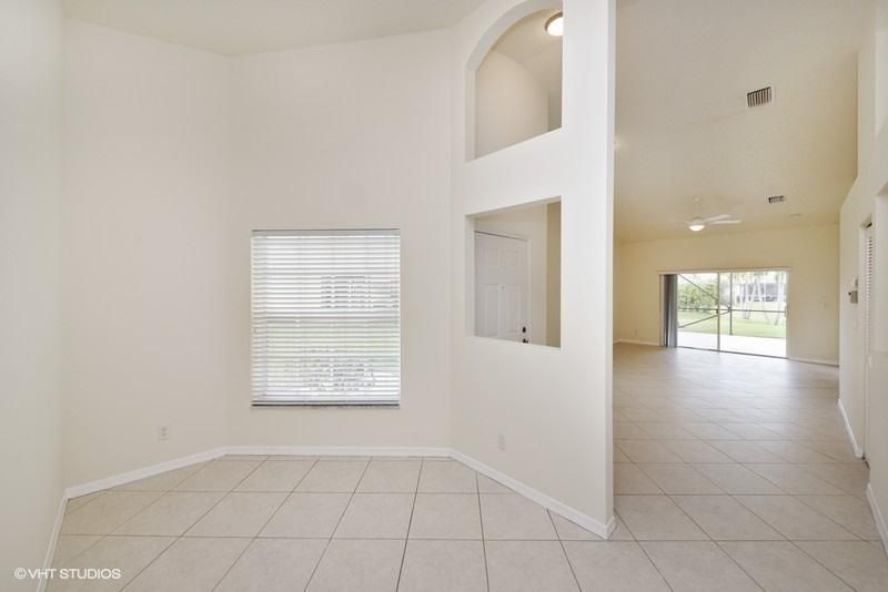 2085 Stonington Terrace West Palm Beach, FL 33411 photo 10