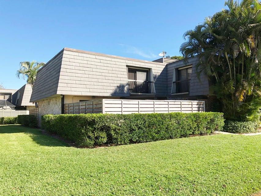1332 13th Terrace  Palm Beach Gardens FL 33418