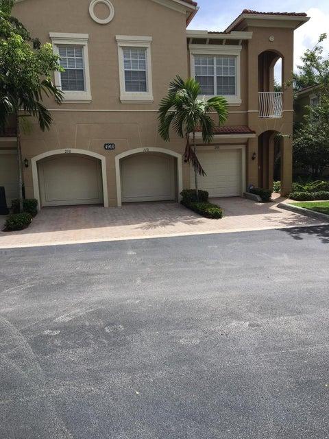 4910 Bonsai Circle 110 , Palm Beach Gardens FL 33418 is listed for sale as MLS Listing RX-10413386 4 photos