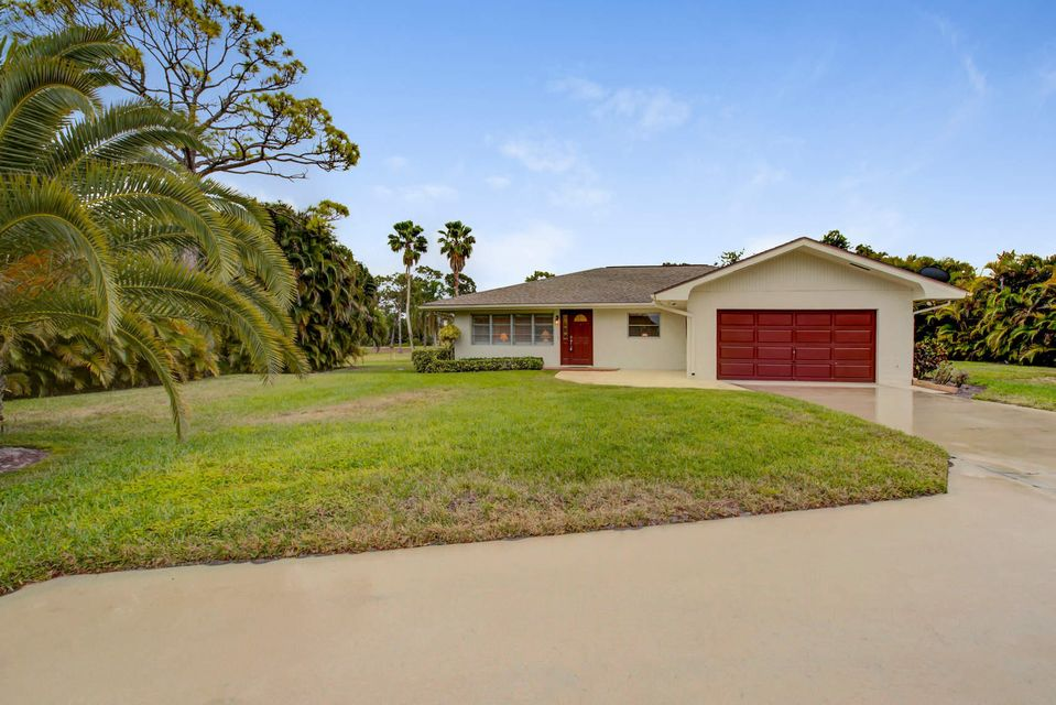 Single Family Home for Sale at 1624 NW Britt Road 1624 NW Britt Road Stuart, Florida 34994 United States