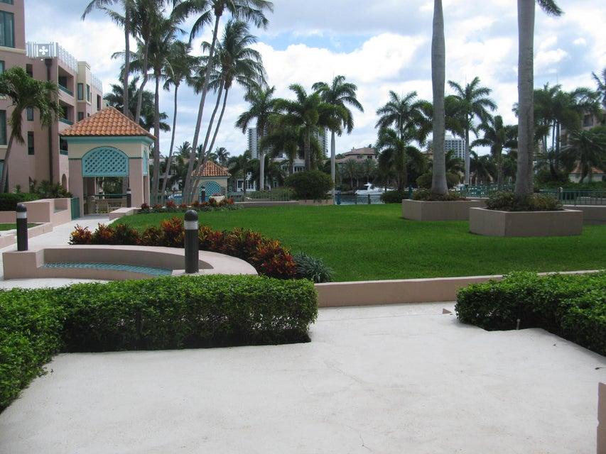 Condominium for Rent at 100 SE 5th Avenue # 215 100 SE 5th Avenue # 215 Boca Raton, Florida 33432 United States