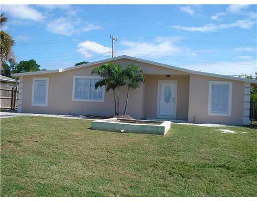 682 Caroline Avenue  West Palm Beach, FL 33413