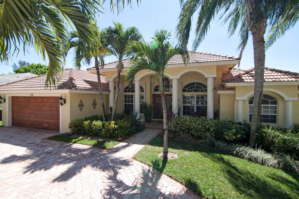 138 Cypress Trace  Royal Palm Beach FL 33411
