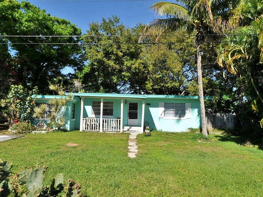 Single Family Home for Rent at 218 Osceola Avenue 218 Osceola Avenue Fort Pierce, Florida 34982 United States