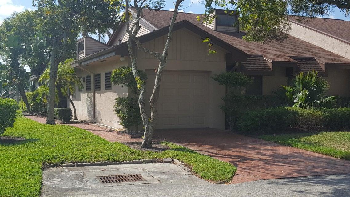 Villa for Rent at 6728 Versailles Court 6728 Versailles Court Lake Worth, Florida 33467 United States