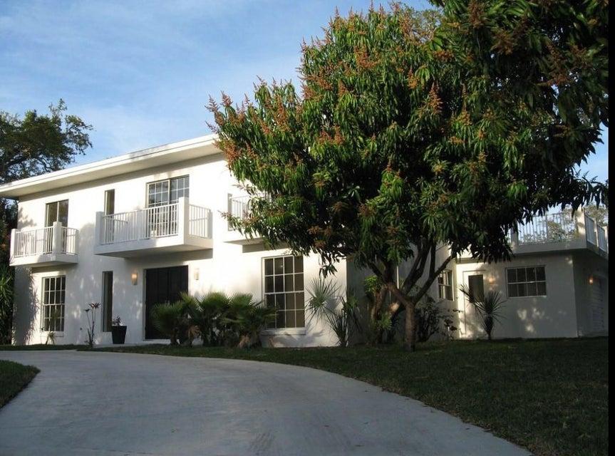 Single Family Home for Sale at 501 Gardenia Lane 501 Gardenia Lane Vero Beach, Florida 32963 United States