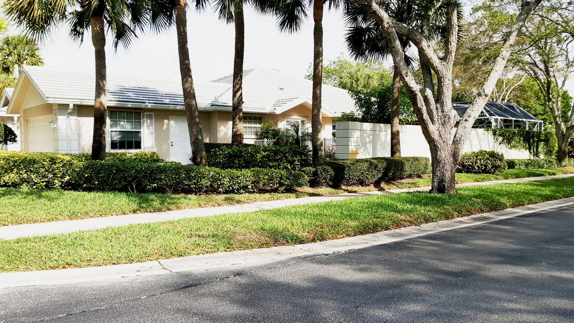 Homes for sale in Garden Oaks Palm Beach Gardens