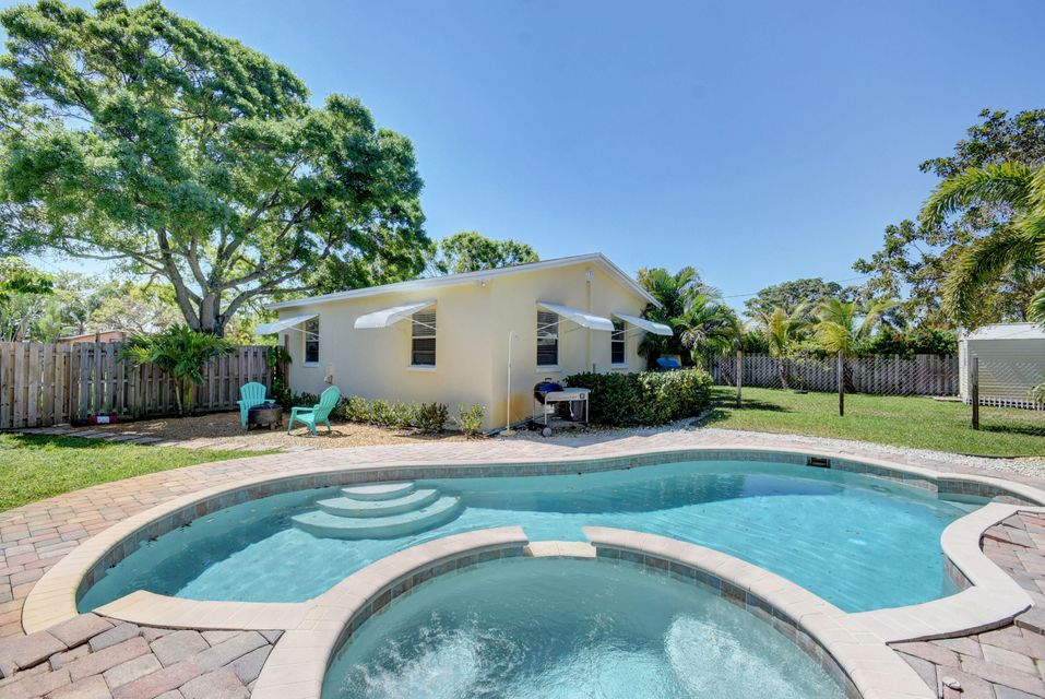 3073 Thelma Road  West Palm Beach, FL 33406