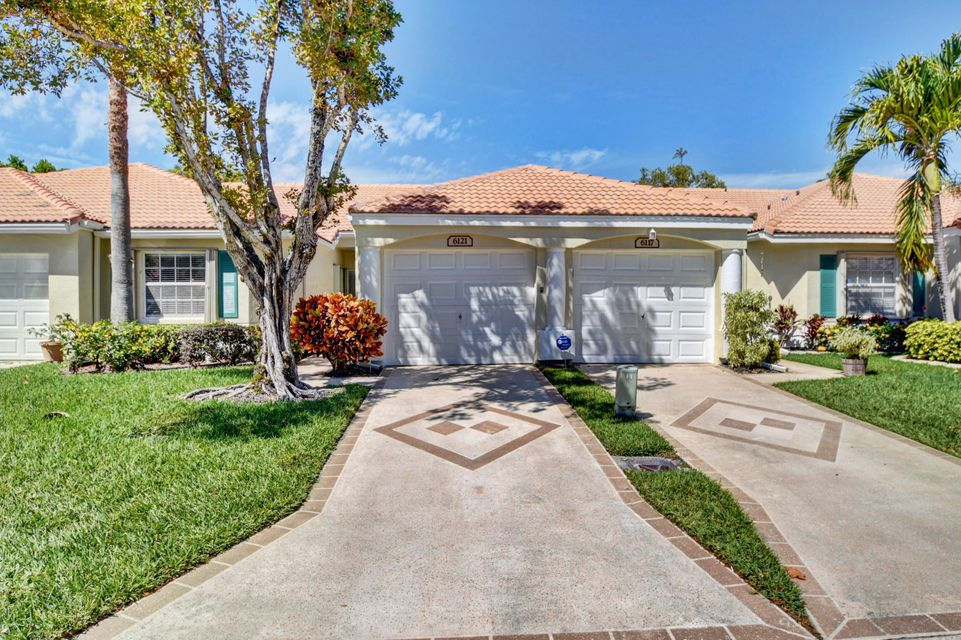 Floral Lakes Ph 3 And 4 6121 Heliconia Road