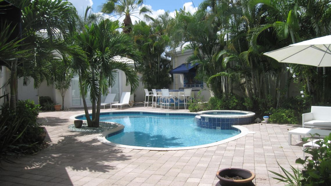 Single Family Home for Rent at 1144 Crystal Drive 1144 Crystal Drive Palm Beach Gardens, Florida 33418 United States