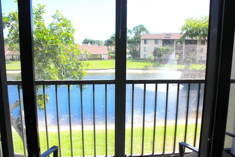 723 Sunny Pine Way F2 , Greenacres FL 33415 is listed for sale as MLS Listing RX-10413925 20 photos