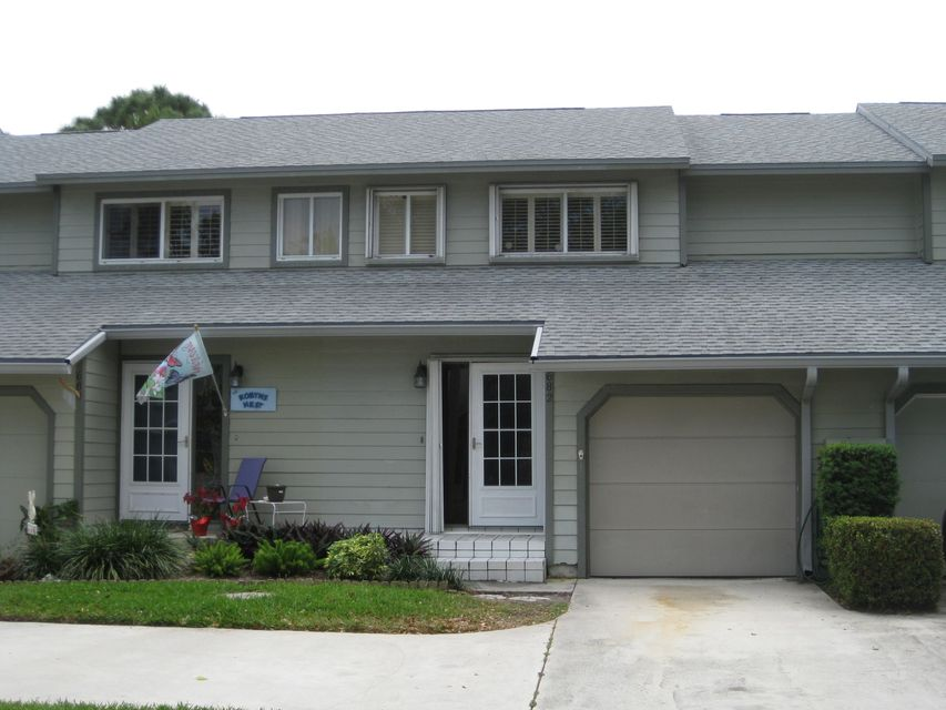 Townhouse for Sale at 682 NE Wax Myrtle Way 682 NE Wax Myrtle Way Jensen Beach, Florida 34957 United States