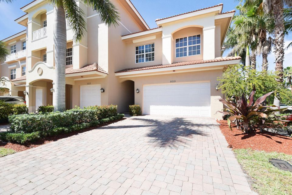 5015 Vine Cliff Way , Palm Beach Gardens FL 33418 is listed for sale as MLS Listing RX-10414068 27 photos
