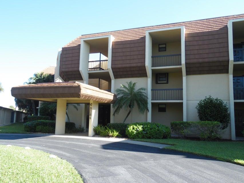 Condominium for Rent at 5380 Woodland Lakes Drive # 217 5380 Woodland Lakes Drive # 217 Palm Beach Gardens, Florida 33418 United States