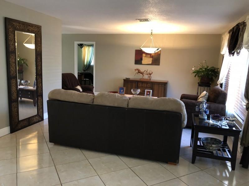 127 W Palmetto Road Lake Worth, FL 33467 photo 5