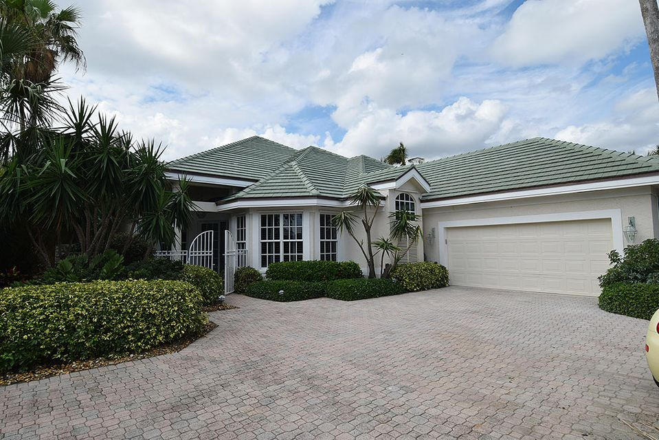 Single Family Home for Sale at 6957 SE Lakeview Terrace 6957 SE Lakeview Terrace Stuart, Florida 34996 United States