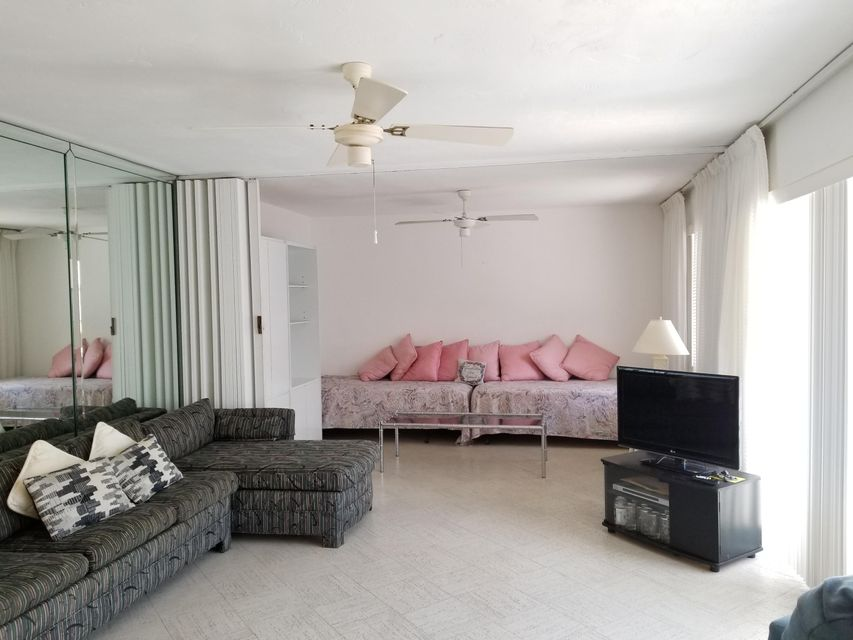 Condominium for Sale at 95 East Court 95 East Court Royal Palm Beach, Florida 33411 United States
