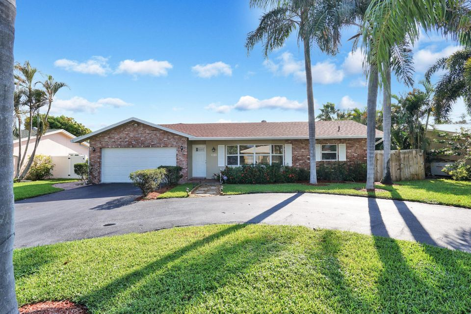 Single Family Home for Rent at 4900 NW 5th Avenue 4900 NW 5th Avenue Boca Raton, Florida 33431 United States