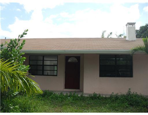 Duplex / Multiplex for Rent at 6643 Hillside Lane 6643 Hillside Lane Lake Worth, Florida 33462 United States