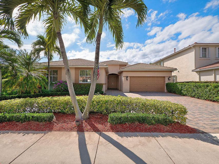 107 La Vida Court , Palm Beach Gardens FL 33418 is listed for sale as MLS Listing RX-10414784 20 photos