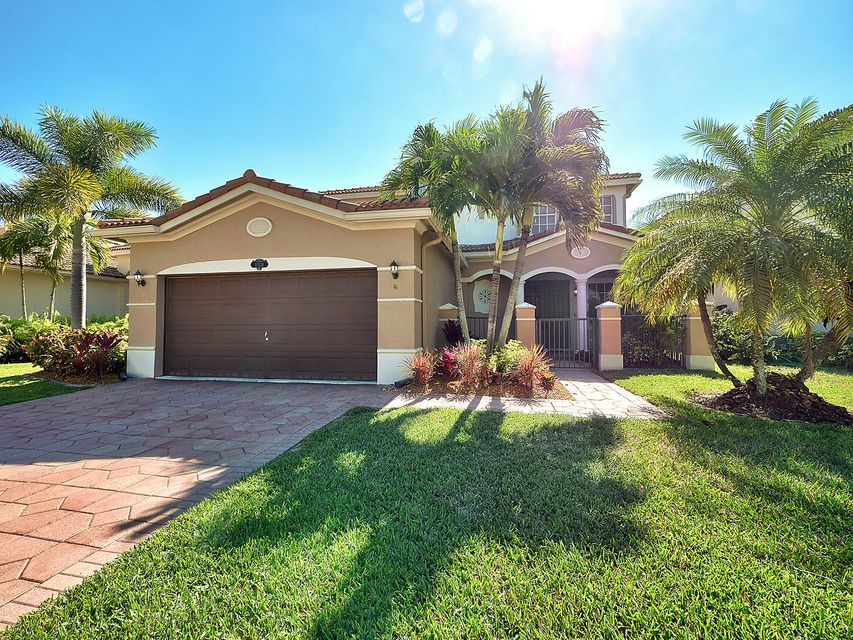 10524 Marsh Street  Wellington, FL 33414