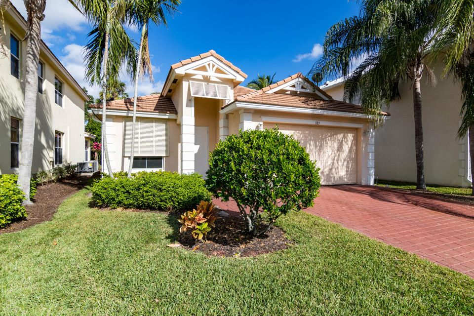 323 Belle Grove Lane  Royal Palm Beach, FL 33411