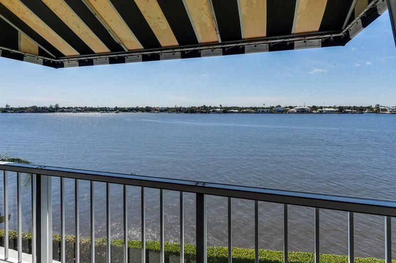 2180  Ibis Isle Road 12, Palm Beach FL 33480 is listed for sale as MLS Listing RX-10414830 photo #10