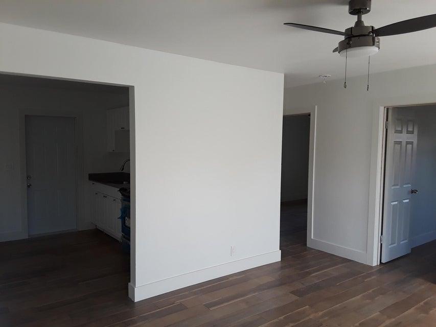 Duplex for Sale at 113 S Swinton Avenue 113 S Swinton Avenue Delray Beach, Florida 33444 United States